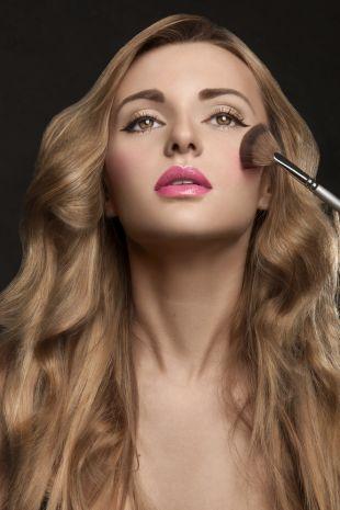 Nie śpij z makijażem - 5 istotnych powodów!