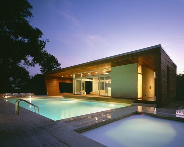 skromny i nowoczesny domek z basenem