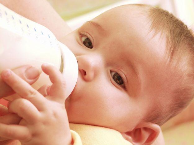 Jak wybrać materac dla noworodka?