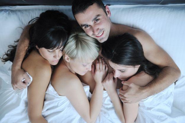 troe-na-odnu-porno-odnovremenno