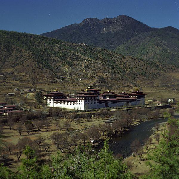 także randki z bhutanem randki z lekarzem i prawnikiem