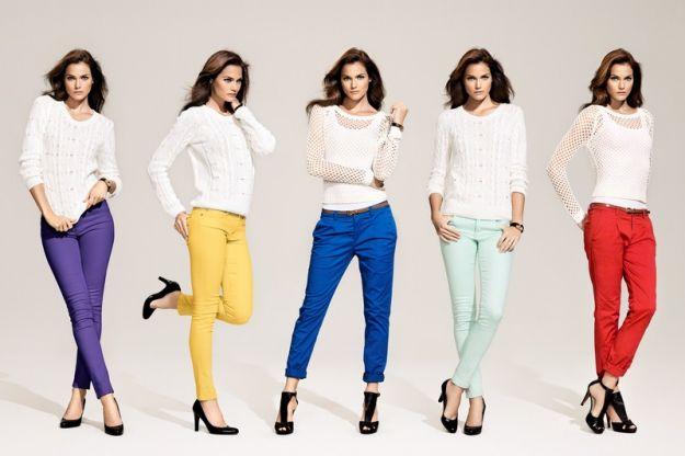 Kolorowe jeansy - trendy na wiosn� 2012
