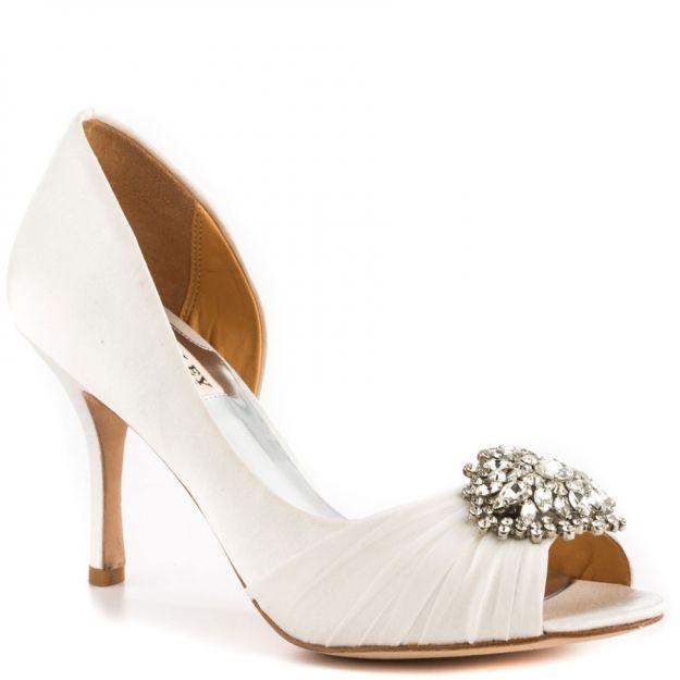 Idealne buty ślubne - jak je znaleźć?