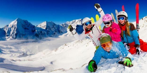 Kiedy zacząć uczyć dzieci jazdy na nartach lub snowboardzie?