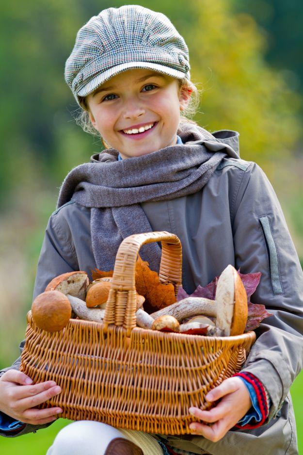 Jesienna sesja fotograficzna dziecka