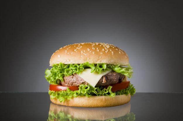 Fast-food przyczyną agresji?