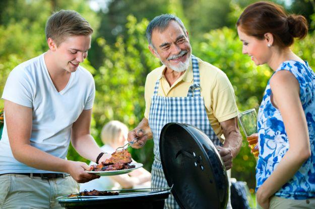 Jak szybko wyczyścic grill ?