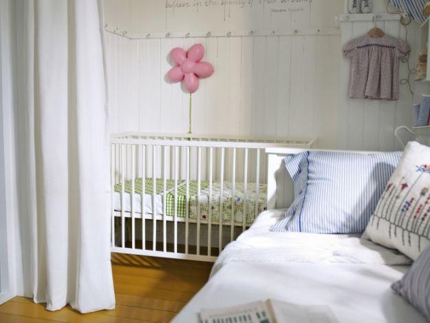 Co powinno znaleźć się w pokoiku niemowlaka?