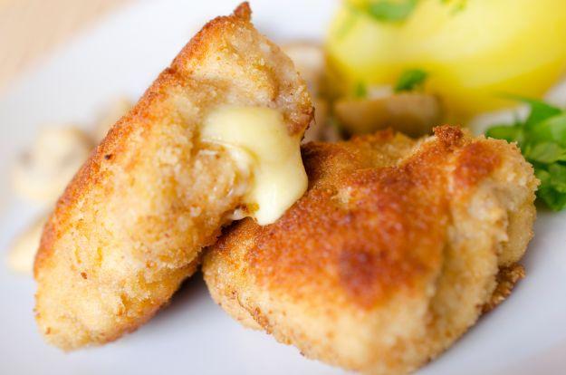 Kotlety mielone z drobiu z ryżem i żółtym serem