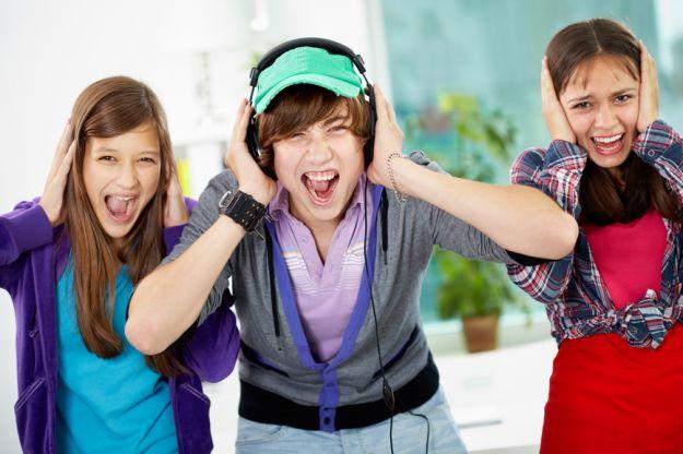 Hałas w szkole ponad normę