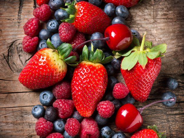 Przepisy z letnimi owocami