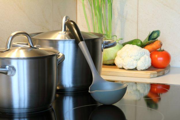 Jak myć płytę kuchenną?