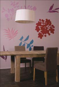 Kwieciste dekoracje na ścianach