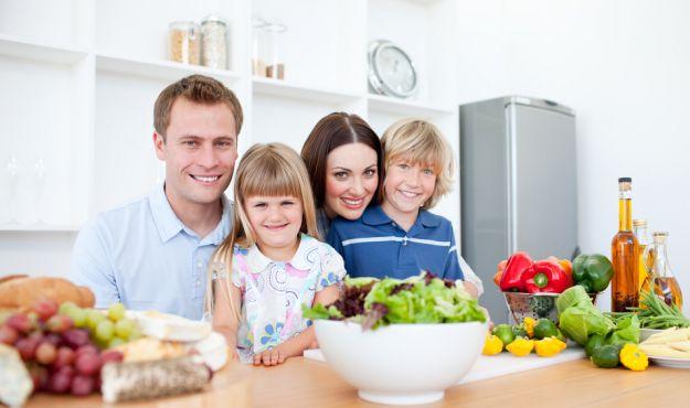 Ucz dziecko prawidłowych nawyków żywieniowych