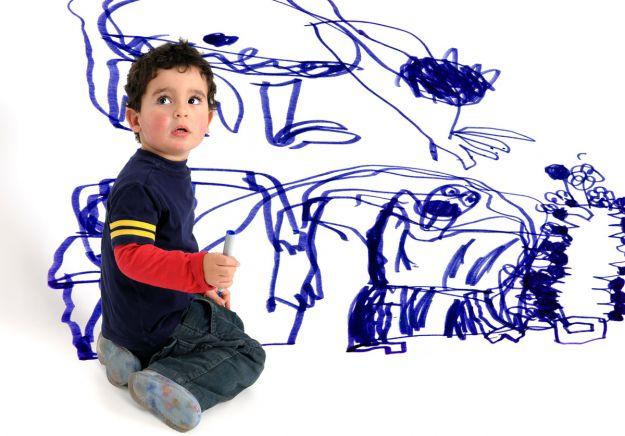 Gdy dziecko pomaluje ściany - jak je usunąć?
