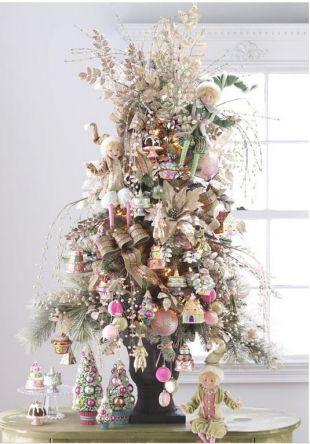 Świąteczne dekoracje z gwiazdą betlejemską w roli głównej