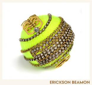 Piłka tenisowa dla Vogue'a