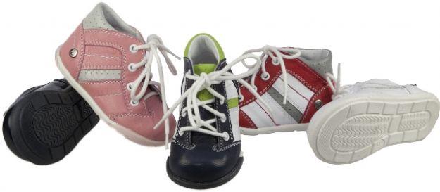Jak wybrać buty do nauki chodzenia?