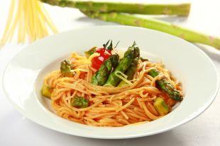 Spaghetti z zielonymi szparagami