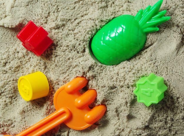 Masa solna, ciastolina, piasek księżycowy - sprawdzone przepisy na udaną zabawę