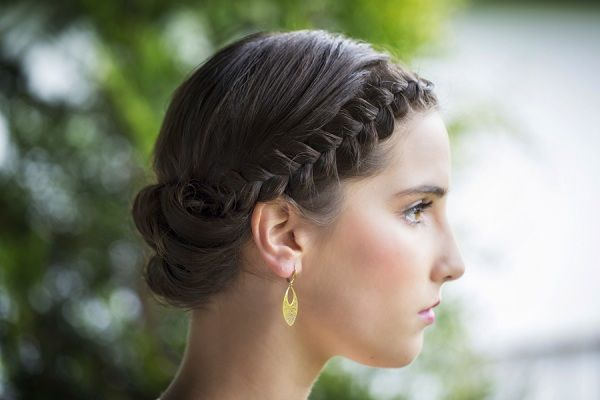 Warkocze na ślubie - fryzury ślubne dla panny młodej