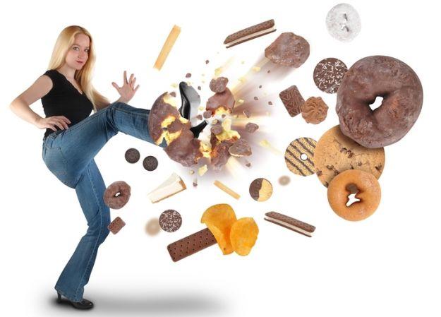 15 trików jak jeść mniej cukru
