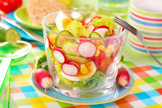 Kolorowy talerz ma wpływ na apetyt