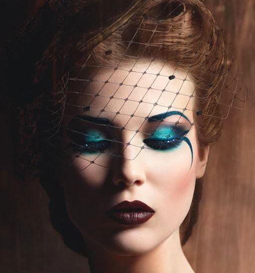 Kolorowy jesienny makijaż - przełam nudę!