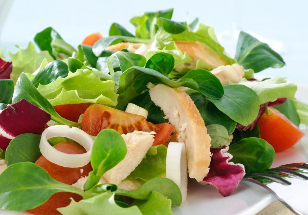 Lekkostrawna sałatka dietetyczna